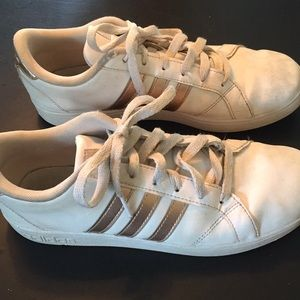 Adidas white leather with gold stripe size 7